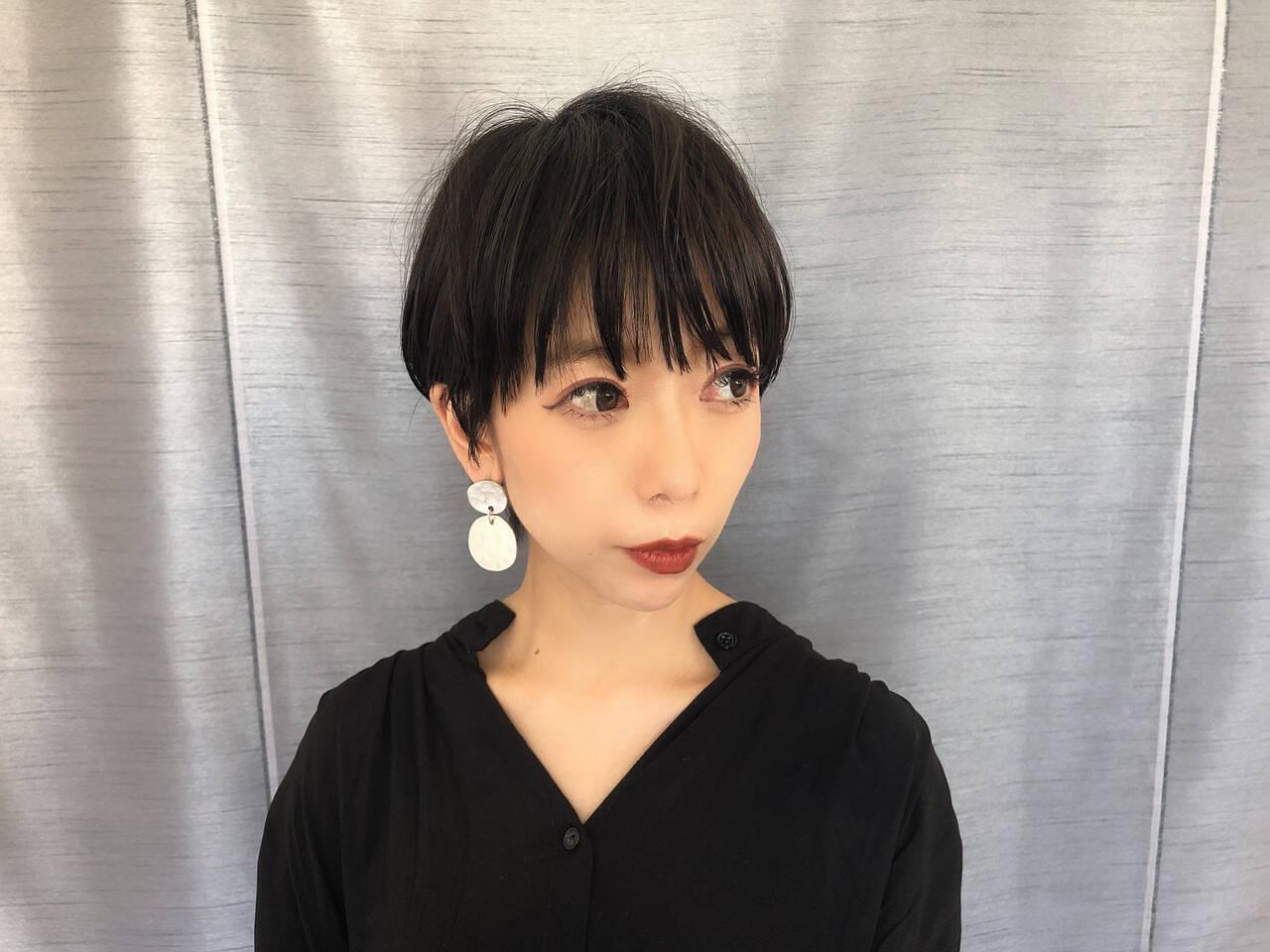 黒髪 ベリーショート 黒髪ショート ナチュラルヘアスタイルや髪型の写真・画像