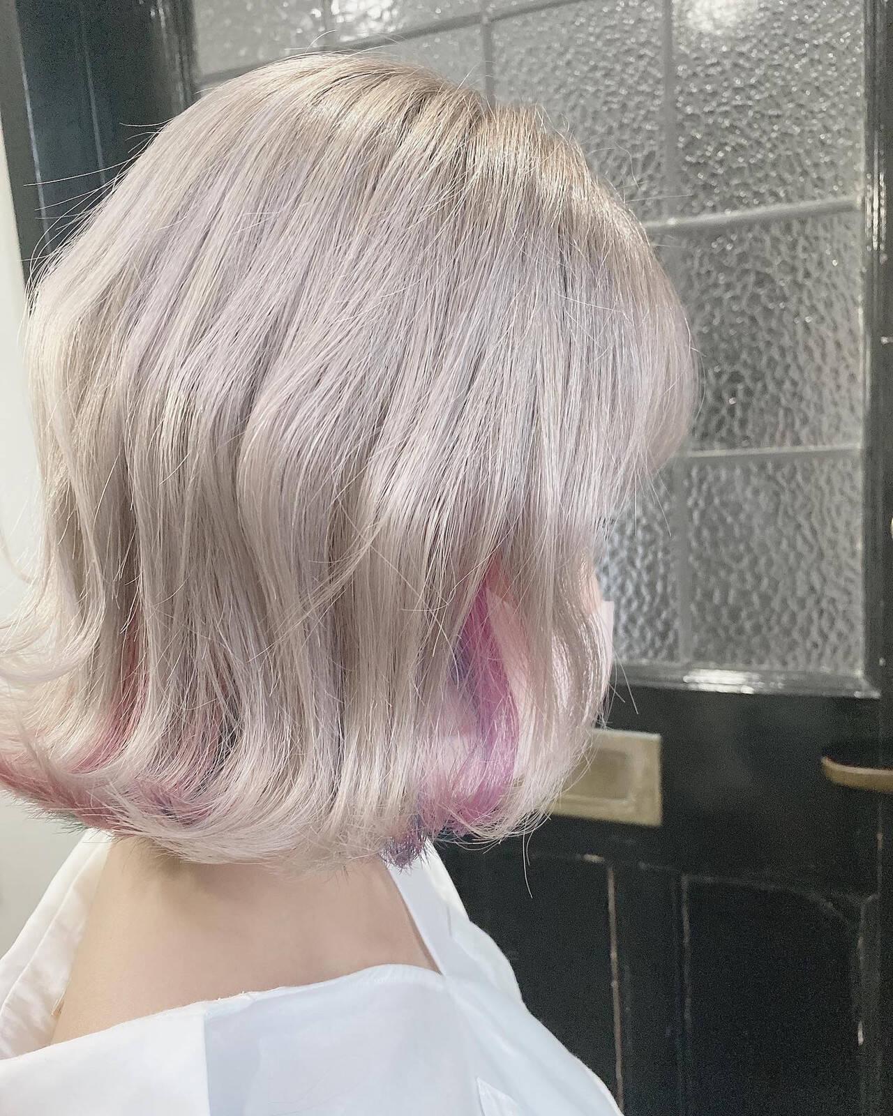 ガーリー インナーカラー ミニボブ ボブヘアスタイルや髪型の写真・画像