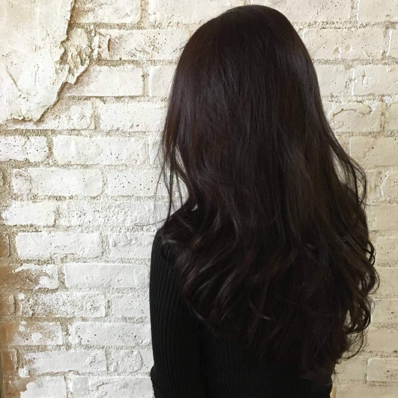 ロング 艶髪 イルミナカラー エレガントヘアスタイルや髪型の写真・画像
