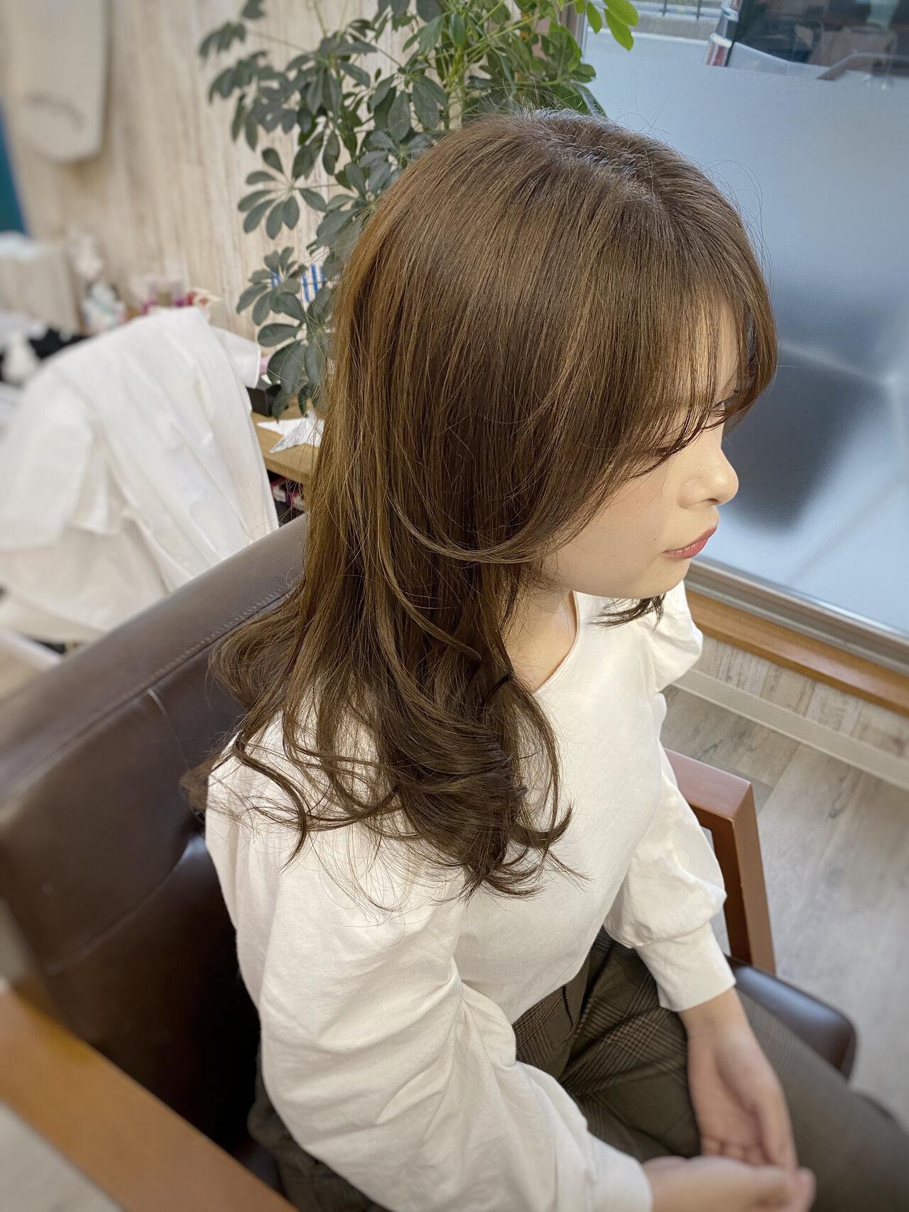 3Dハイライト ベージュ 透明感カラー ロングヘアスタイルや髪型の写真・画像