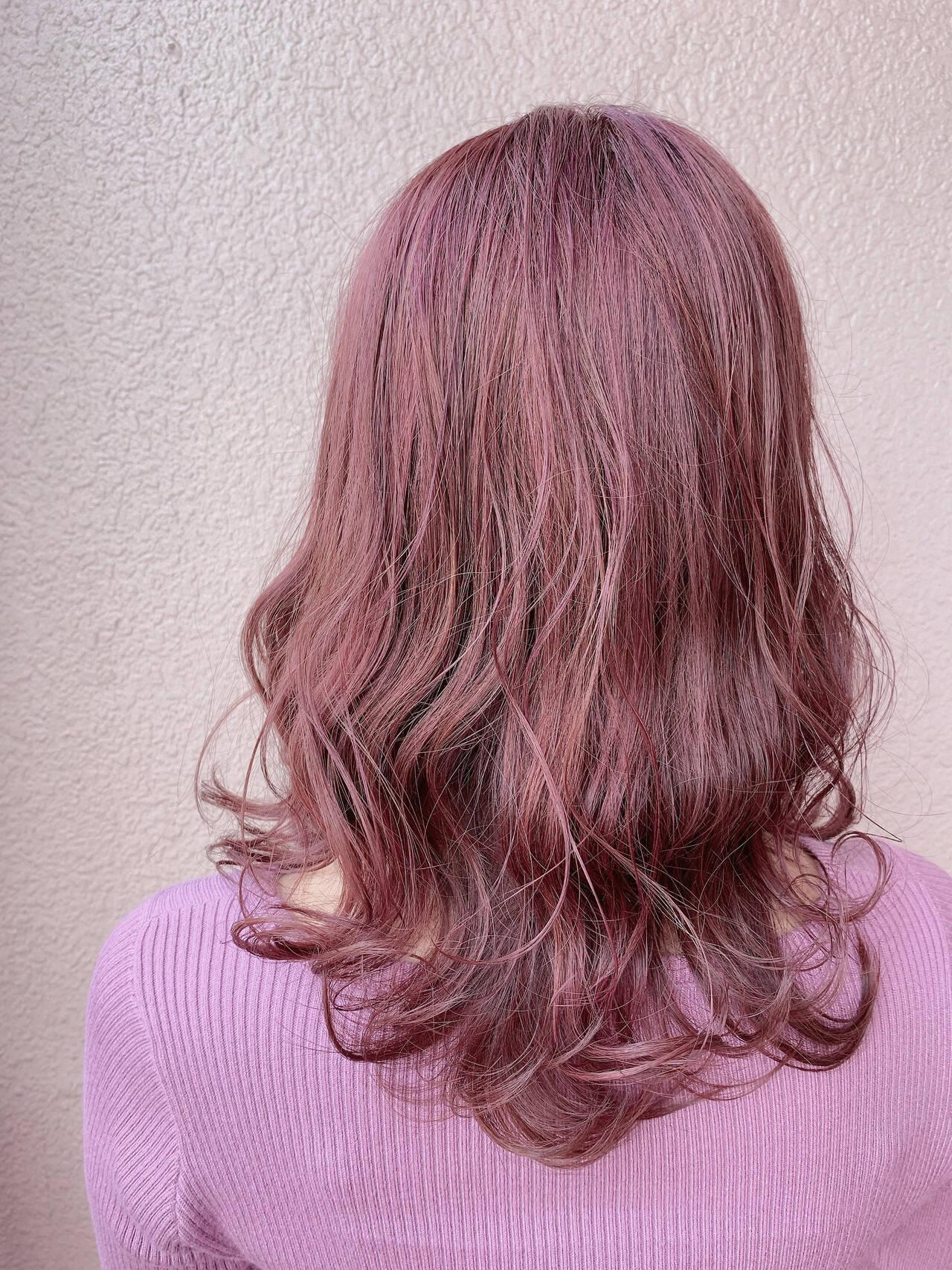 ナチュラル セミロング 外国人風カラー ローズヘアスタイルや髪型の写真・画像