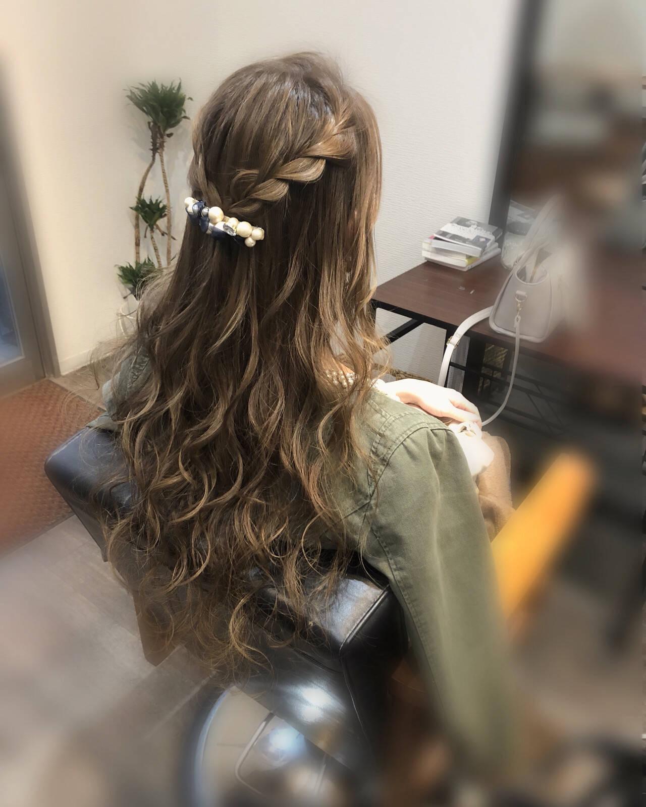 フェミニン 編み込み ヘアアレンジ 編み込みヘアヘアスタイルや髪型の写真・画像