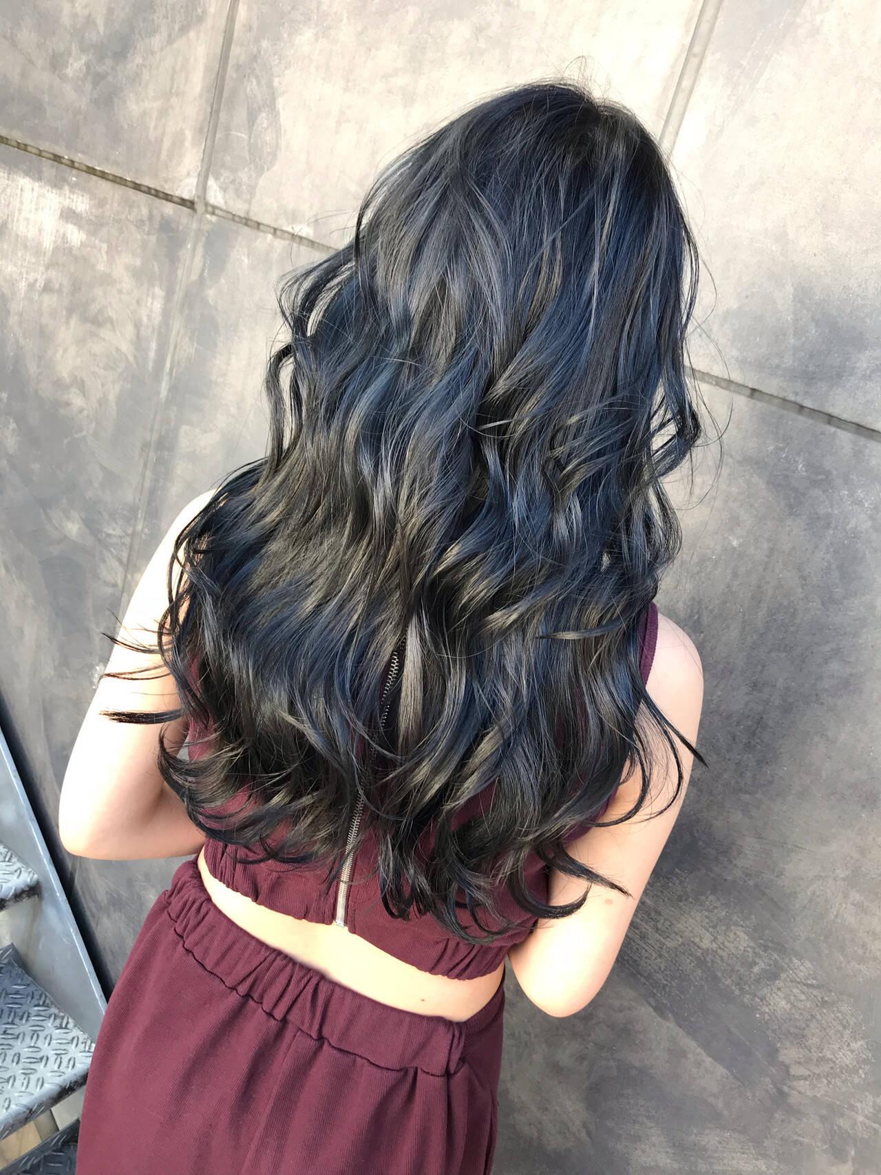 ネイビー コリアンネイビー ネイビーブルー ネイビーアッシュヘアスタイルや髪型の写真・画像