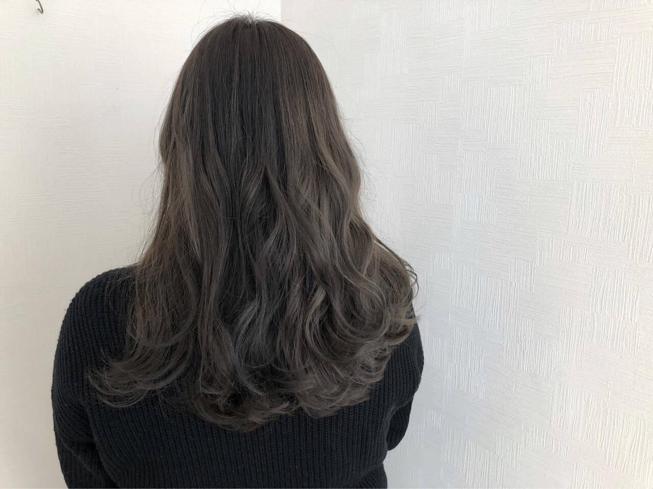 アンニュイほつれヘア ロング スモーキーカラー 簡単ヘアアレンジヘアスタイルや髪型の写真・画像