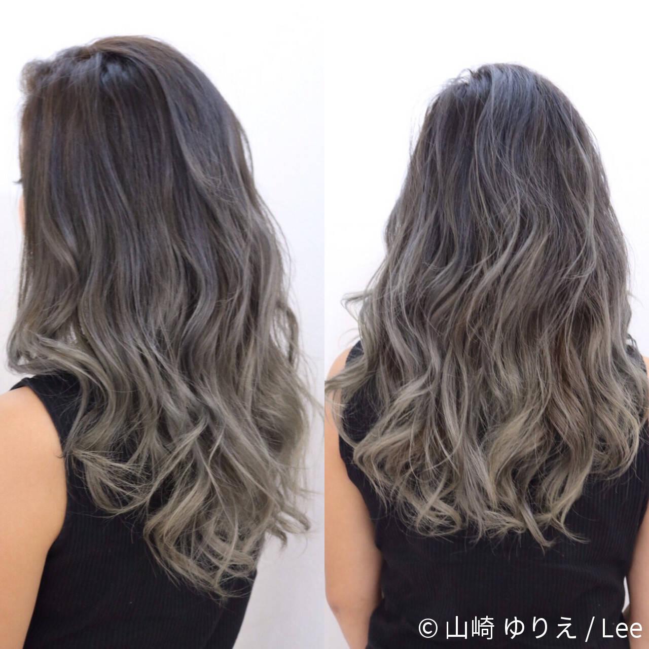 ハイライト ロング 暗髪 グラデーションカラーヘアスタイルや髪型の写真・画像