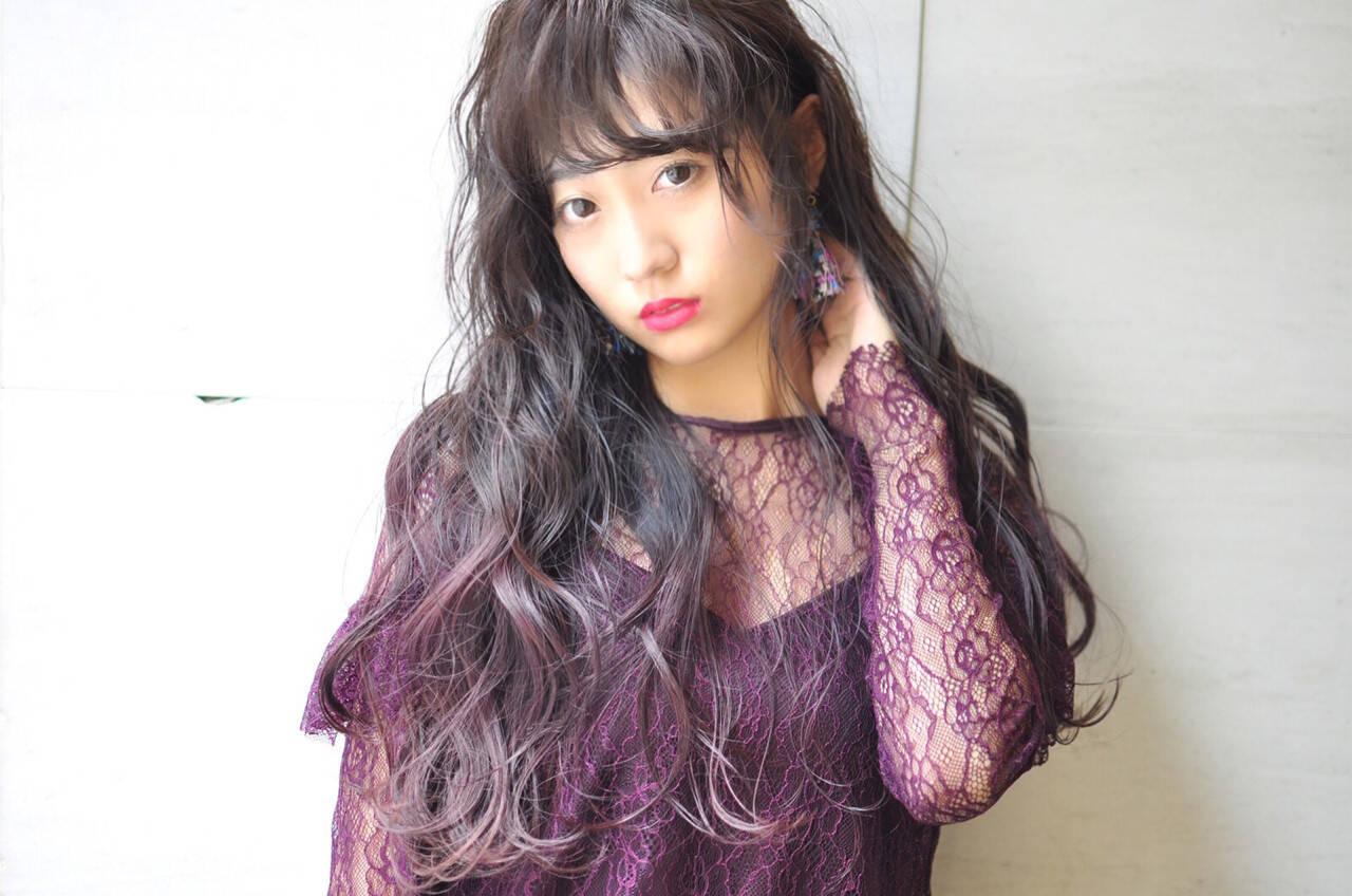 ロング パープル 透明感 グラデーションカラーヘアスタイルや髪型の写真・画像