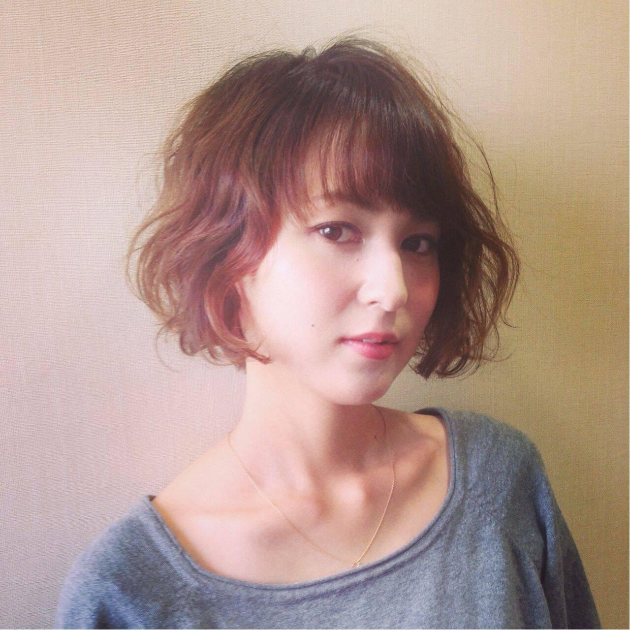 抜け感 フェミニン モード ウェーブヘアスタイルや髪型の写真・画像