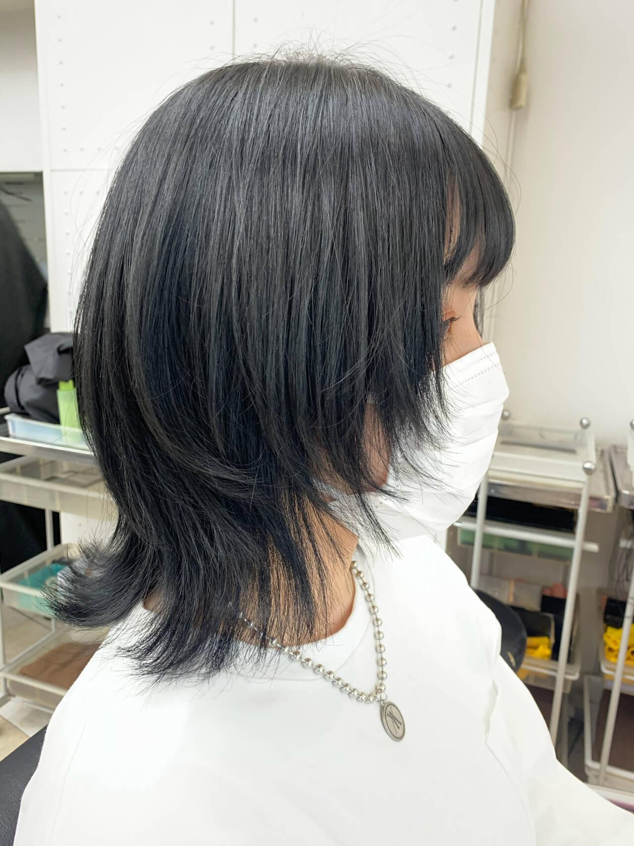 ウルフレイヤー ウルフカット マッシュウルフ ストリートヘアスタイルや髪型の写真・画像