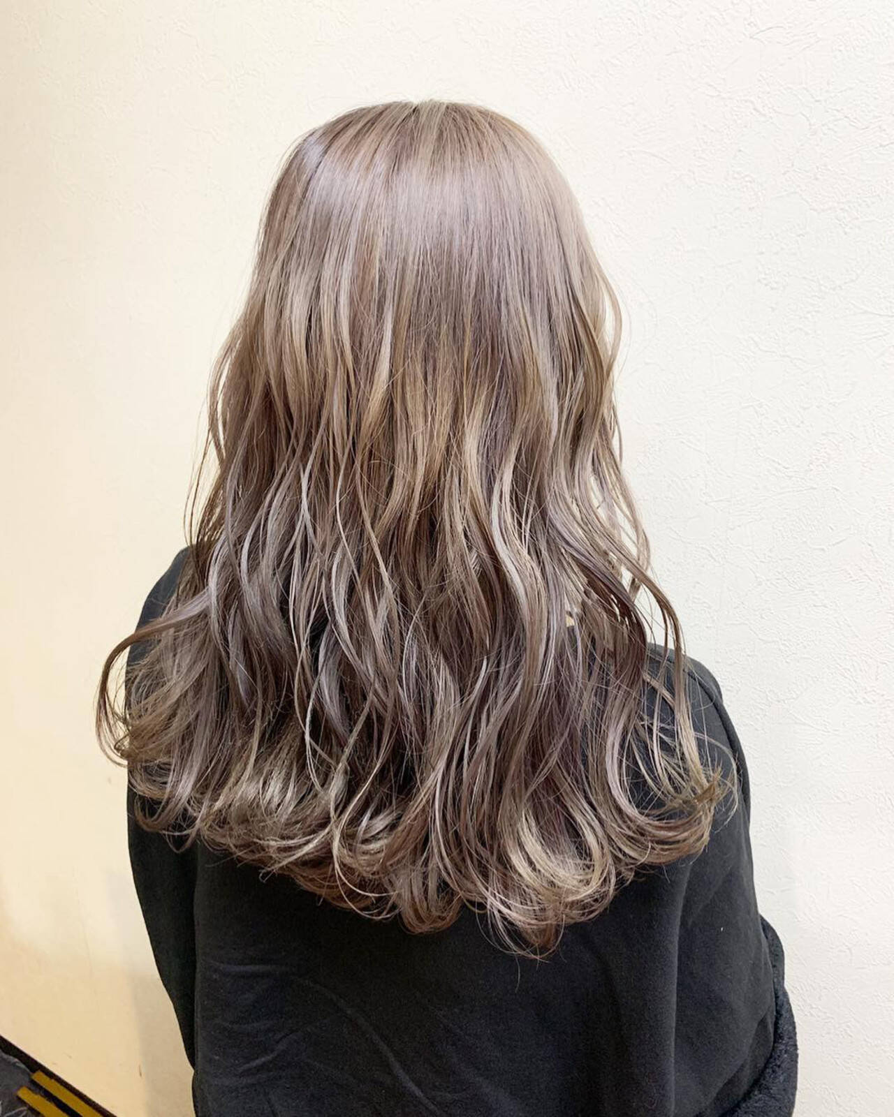 デート 外国人風カラー セミロング ダブルカラーヘアスタイルや髪型の写真・画像