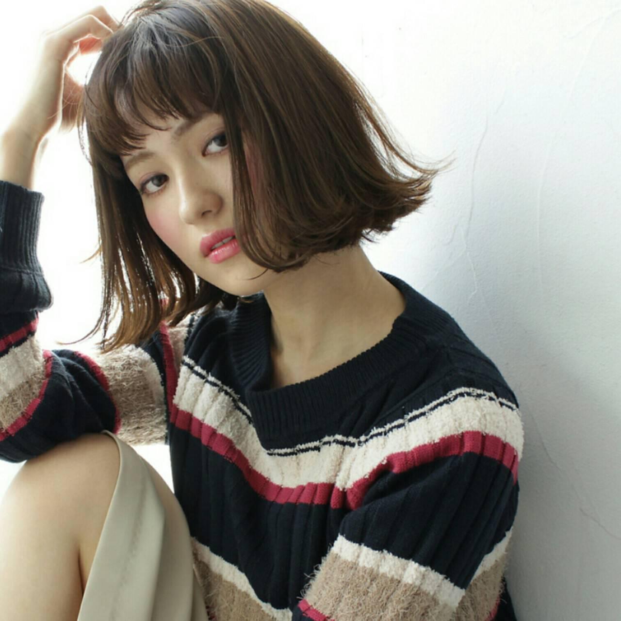 ミディアム 外国人風 色気 外ハネヘアスタイルや髪型の写真・画像