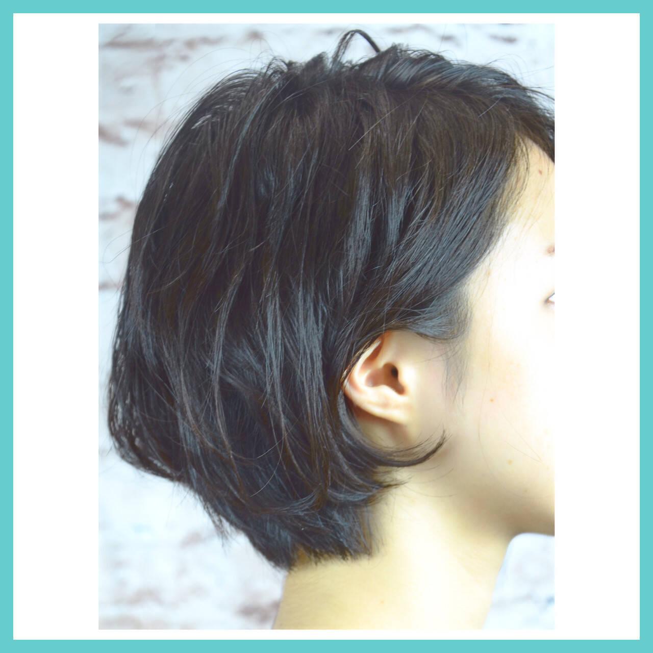 ショートボブ ナチュラル 色気 ボブヘアスタイルや髪型の写真・画像
