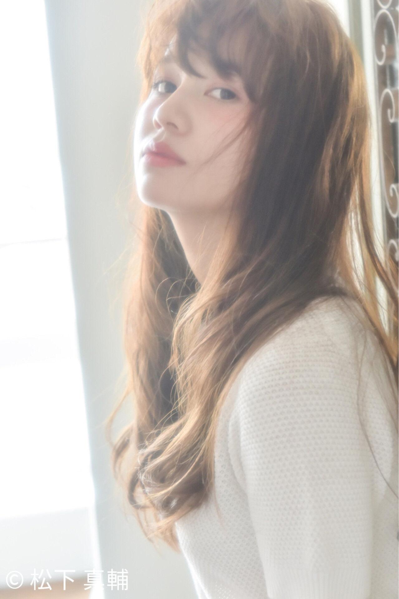 簡単 パーマ ロング 外国人風ヘアスタイルや髪型の写真・画像
