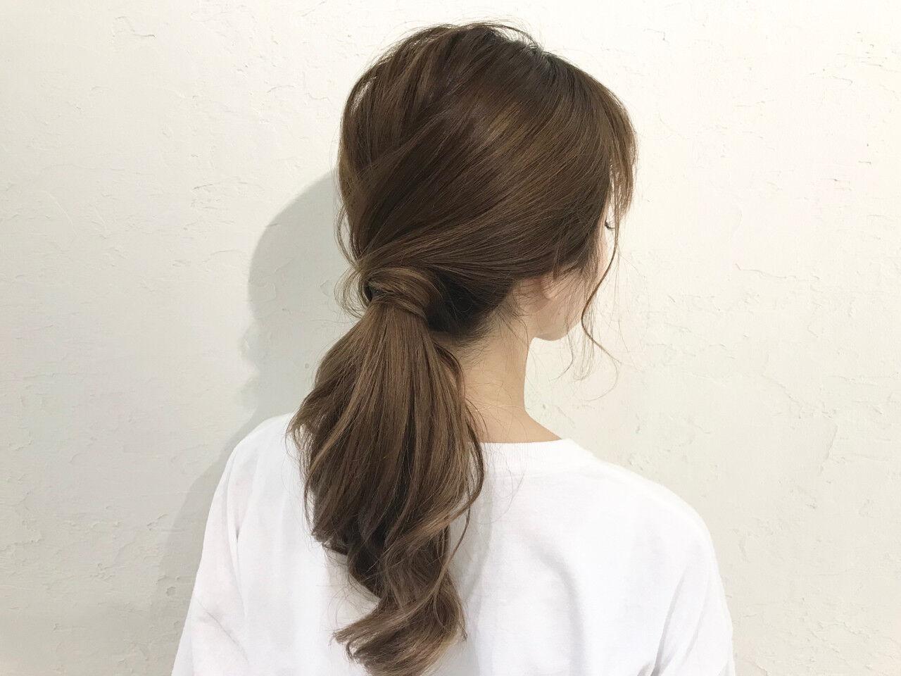 簡単ヘアアレンジ ガーリー オフィス デートヘアスタイルや髪型の写真・画像