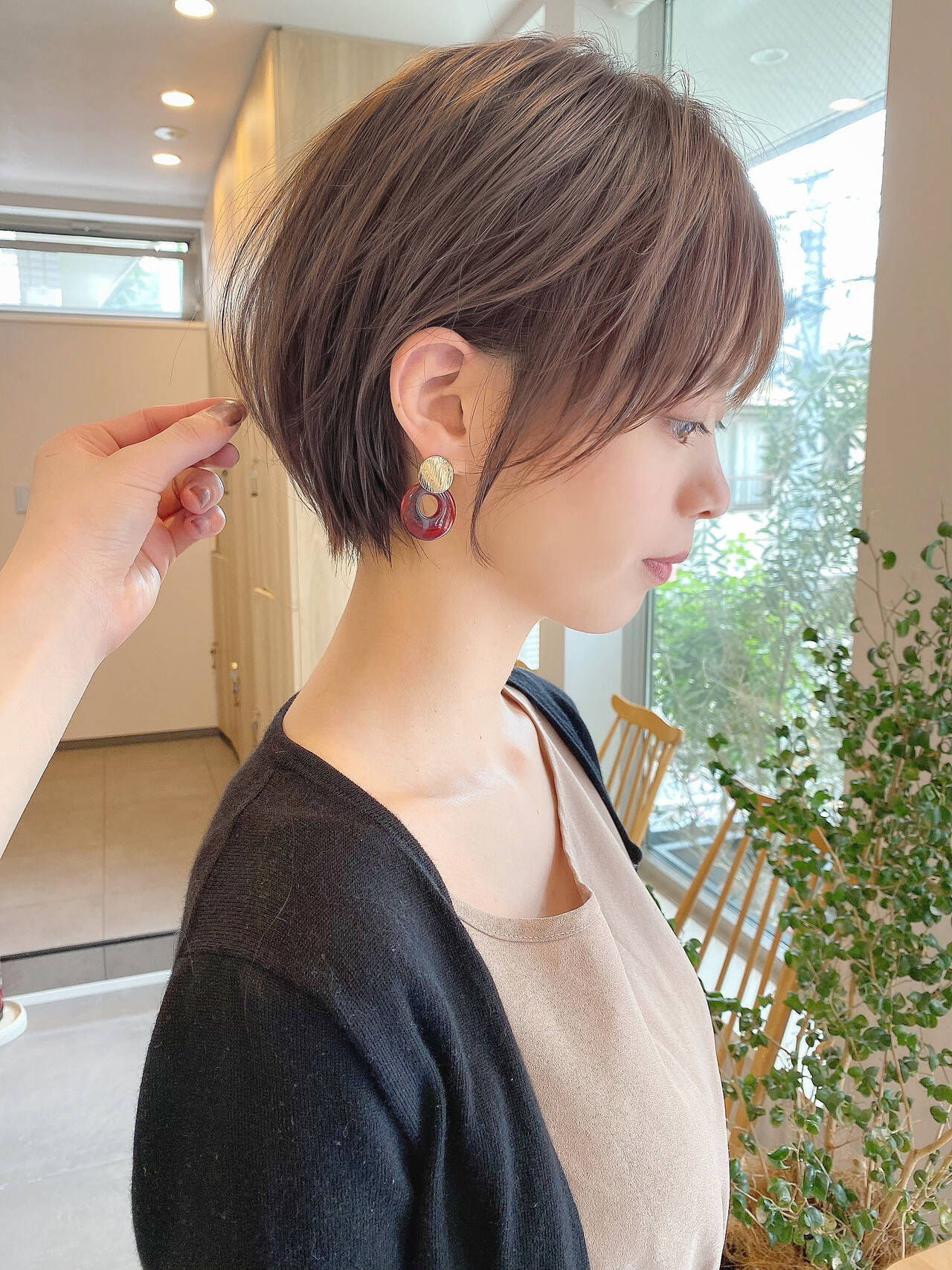 ミニボブ ショートボブ インナーカラー ショートヘアヘアスタイルや髪型の写真・画像
