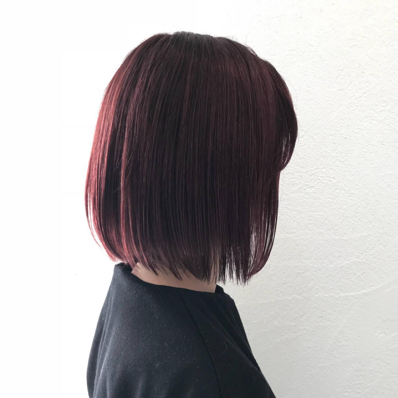 ベリーピンク 秋 ナチュラル ボブヘアスタイルや髪型の写真・画像