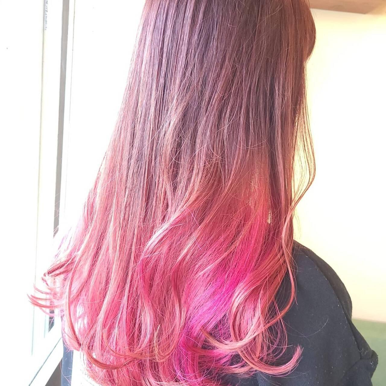 ピンクカラー ストリート ダブルカラー カラーバターヘアスタイルや髪型の写真・画像