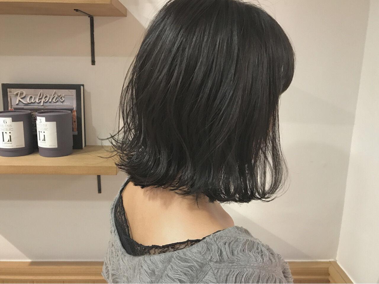 外ハネ 透明感 ナチュラル 秋ヘアスタイルや髪型の写真・画像