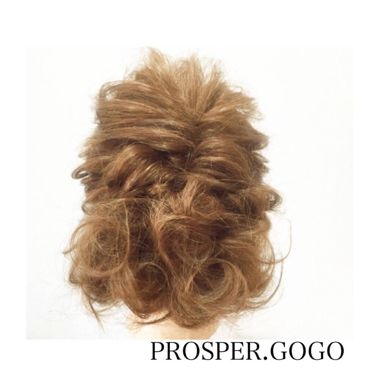 ミディアム 大人かわいい 簡単ヘアアレンジ 外国人風ヘアスタイルや髪型の写真・画像