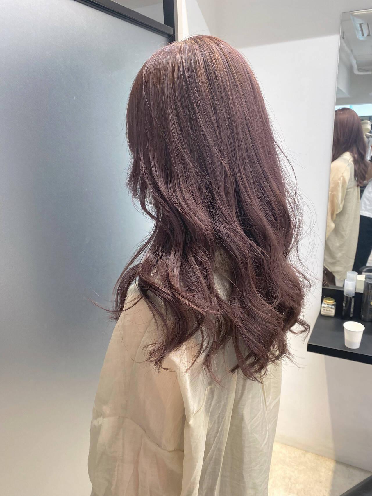 ピンクアッシュ ダブルカラー ロング インナーカラーヘアスタイルや髪型の写真・画像