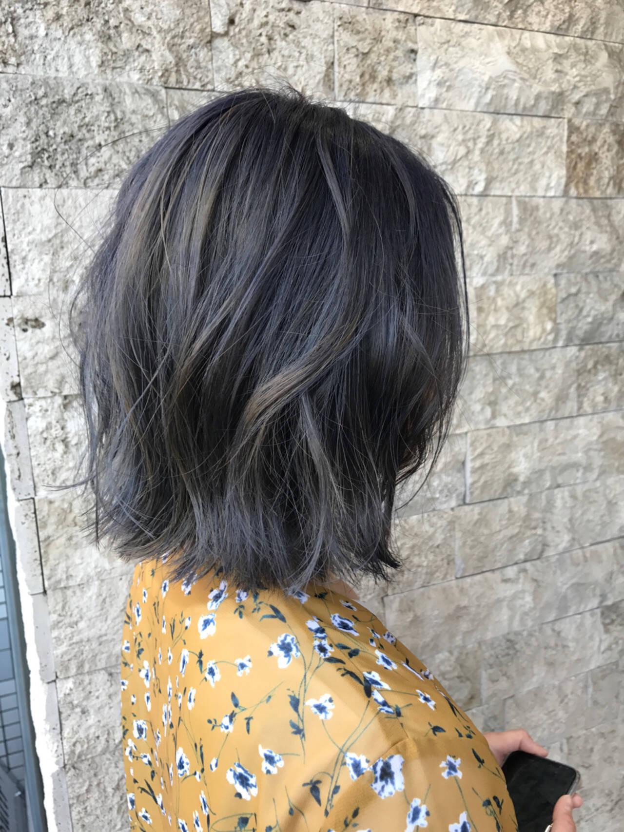 ダブルカラー ブルージュ ストリート グレージュヘアスタイルや髪型の写真・画像