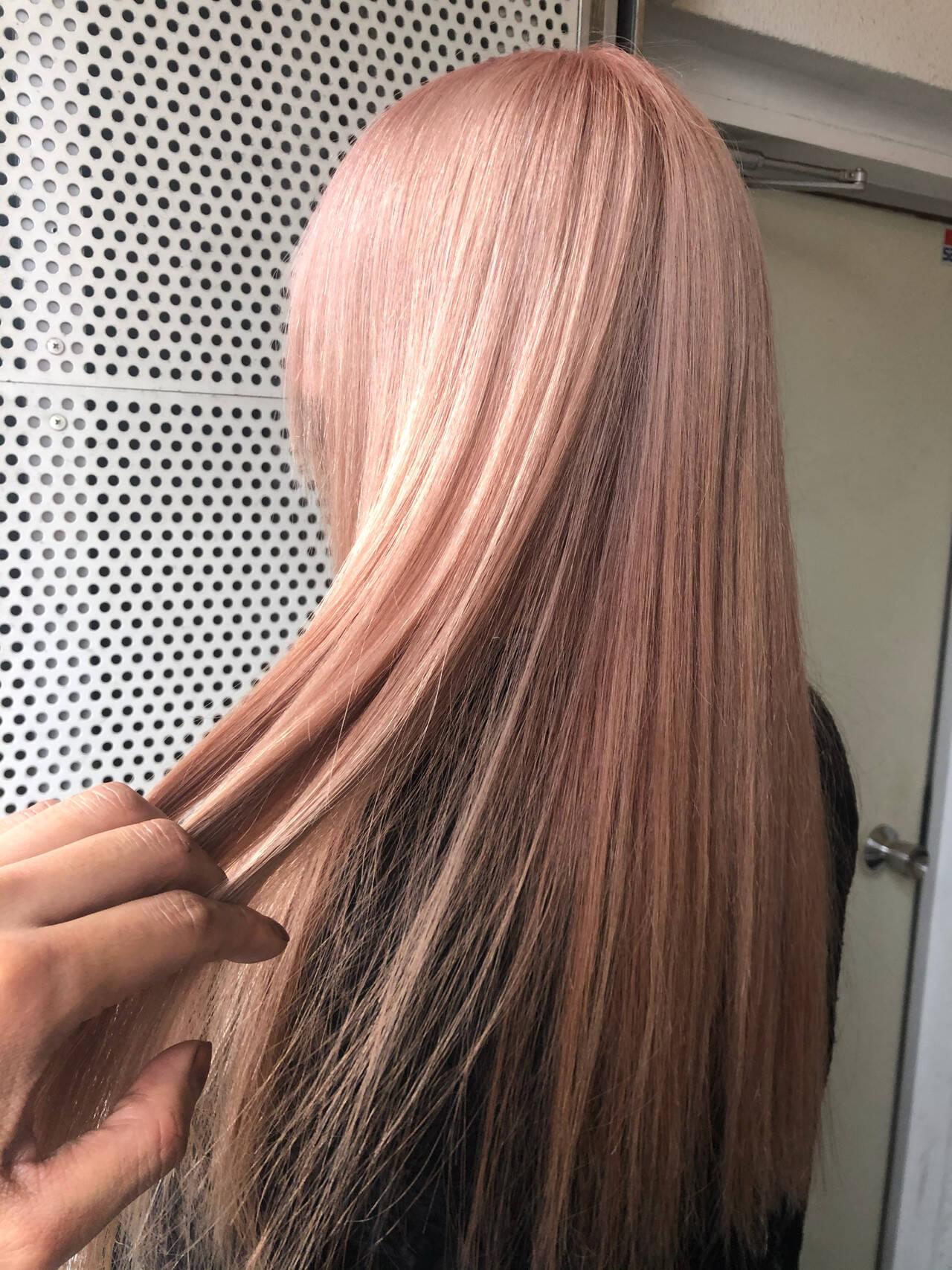 ピンクアッシュ ラベンダーピンク ピンク ロングヘアスタイルや髪型の写真・画像