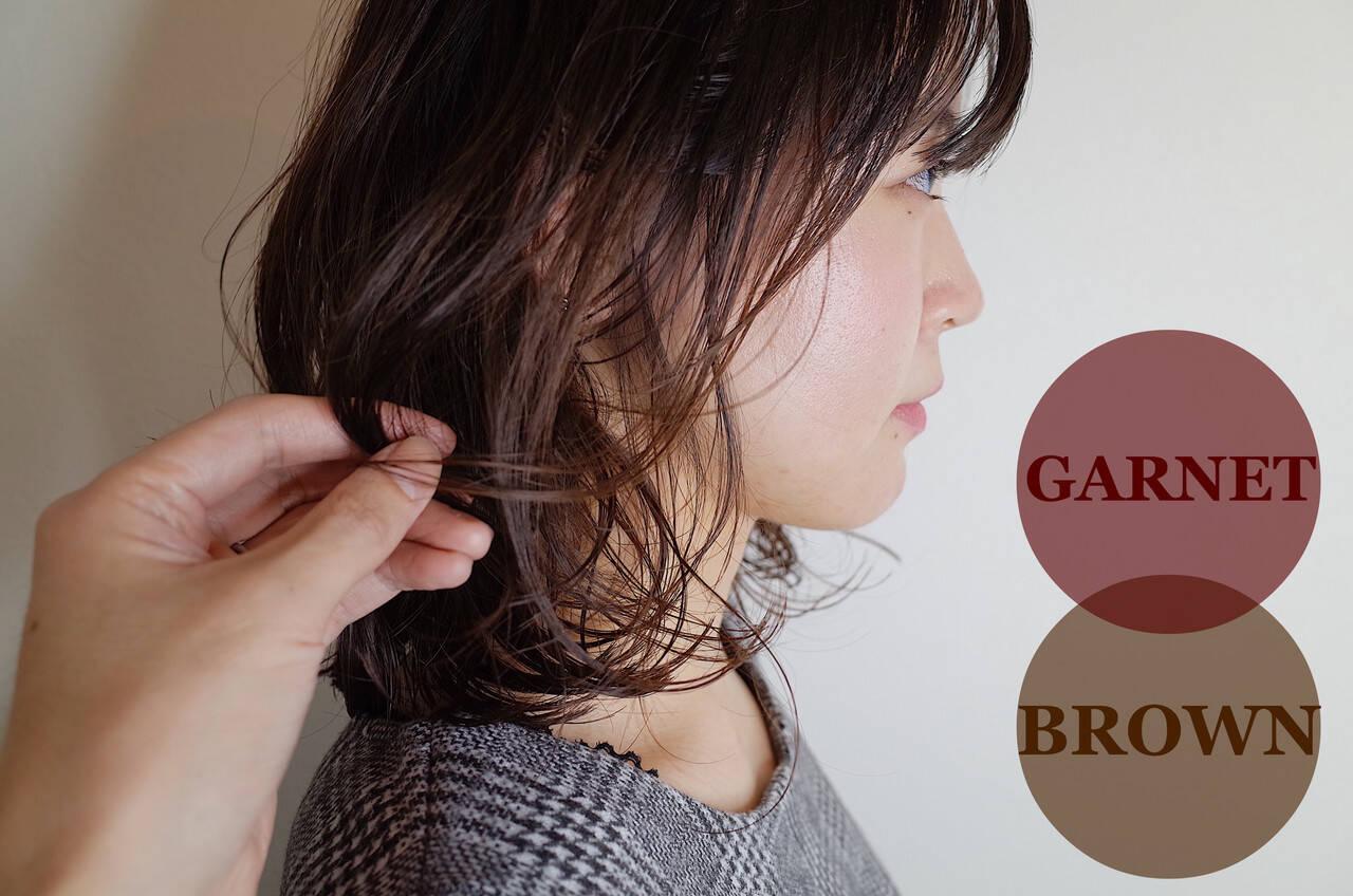 ミディアム デジタルパーマ ベージュ ハイライトヘアスタイルや髪型の写真・画像