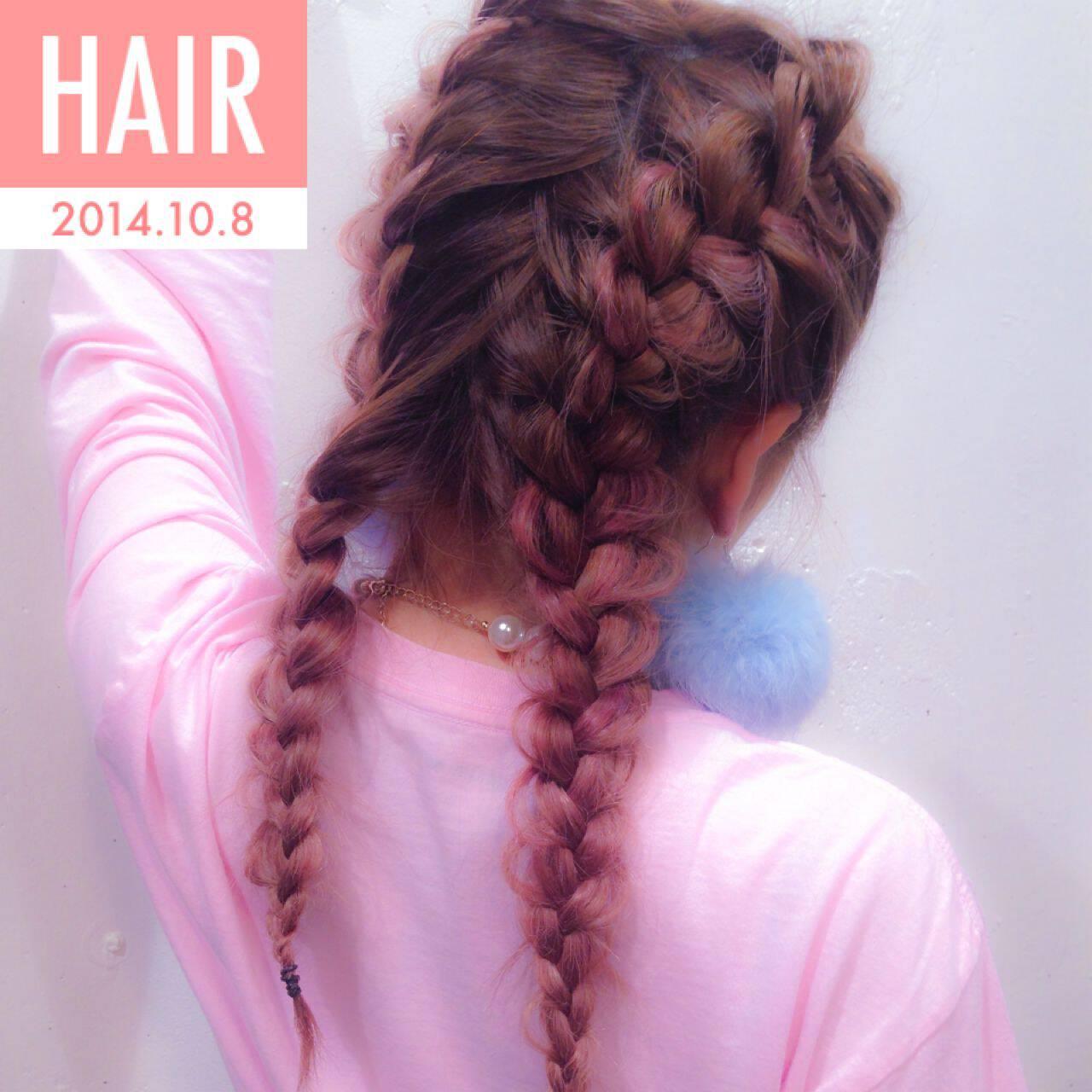 ストレート 三つ編み グラデーションカラー ヘアアレンジヘアスタイルや髪型の写真・画像