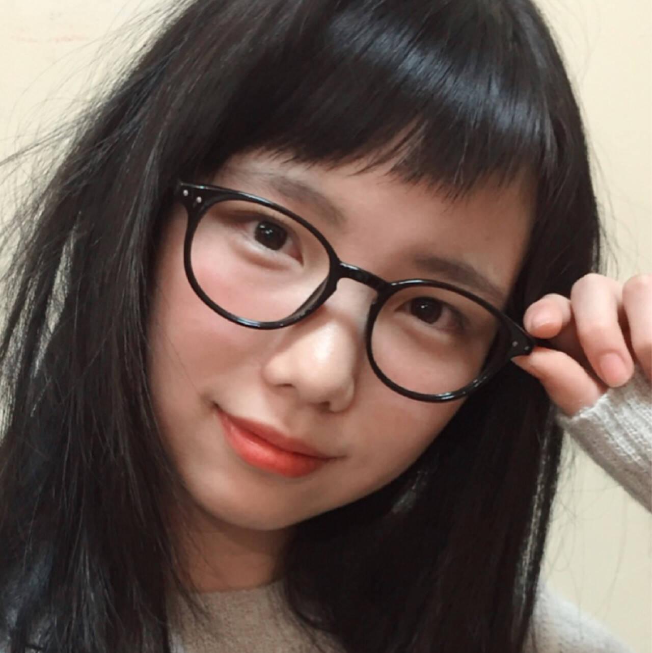 黒髪 ロング 斜め前髪 フェミニンヘアスタイルや髪型の写真・画像
