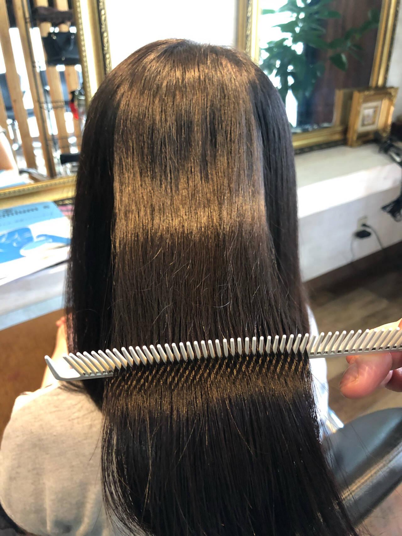 ロング 髪質改善トリートメント ナチュラル 髪質改善ヘアスタイルや髪型の写真・画像