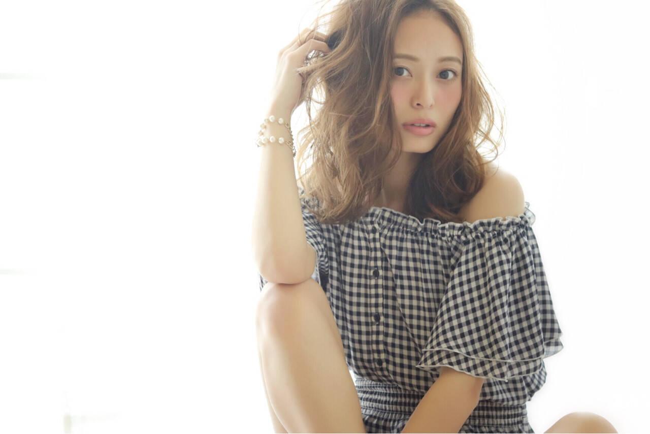 大人かわいい ミディアム ガーリー 外国人風ヘアスタイルや髪型の写真・画像