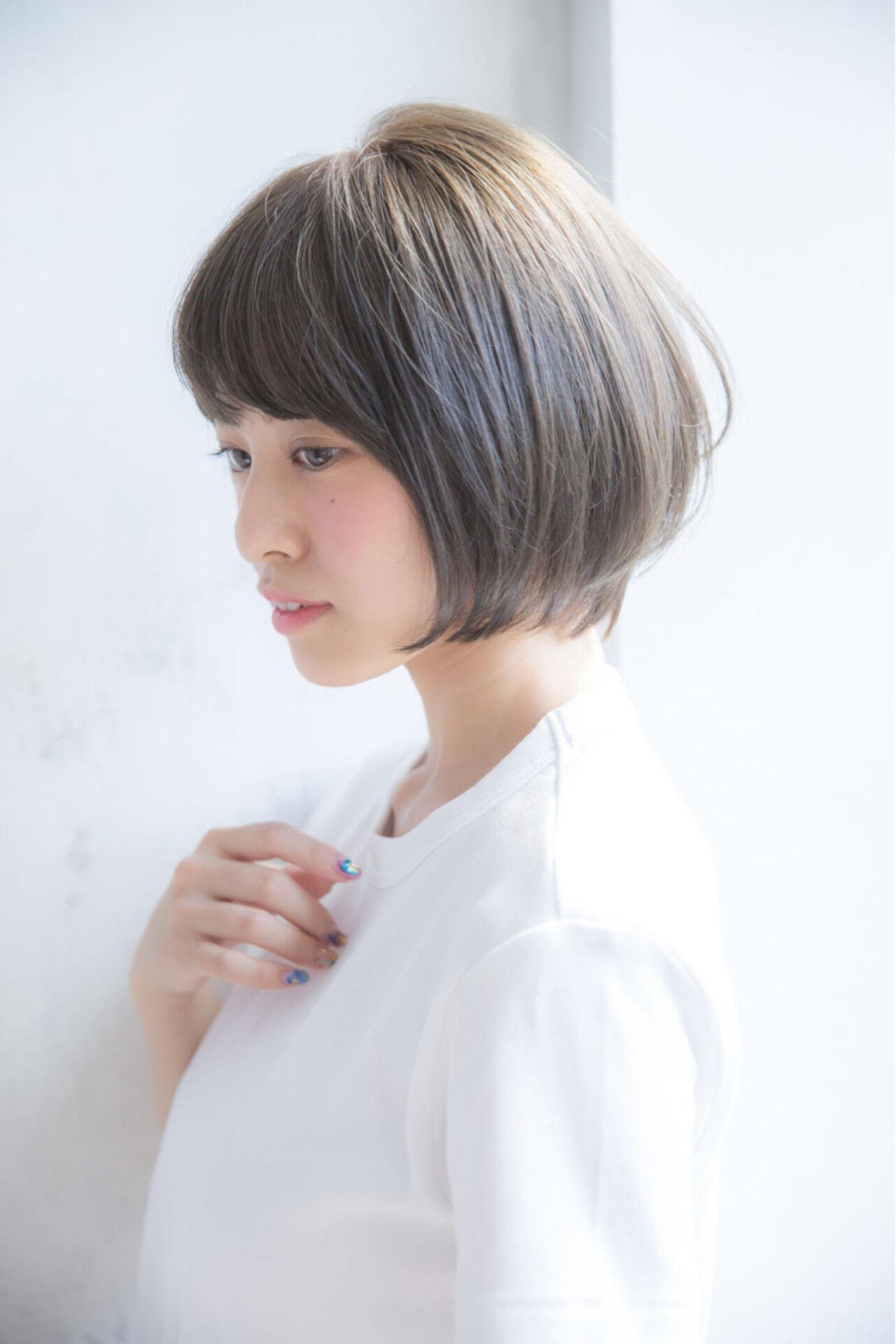 秋 透明感 グレージュ ショートヘアスタイルや髪型の写真・画像