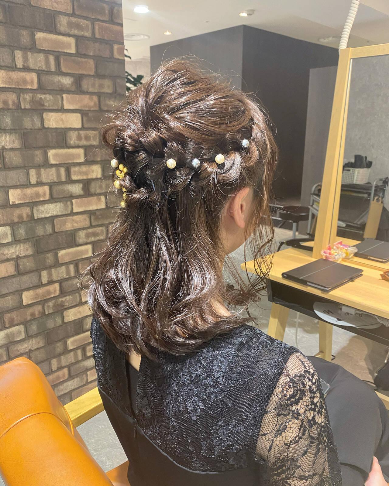 透明感カラー ナチュラル アイロンワーク ヘアアレンジヘアスタイルや髪型の写真・画像