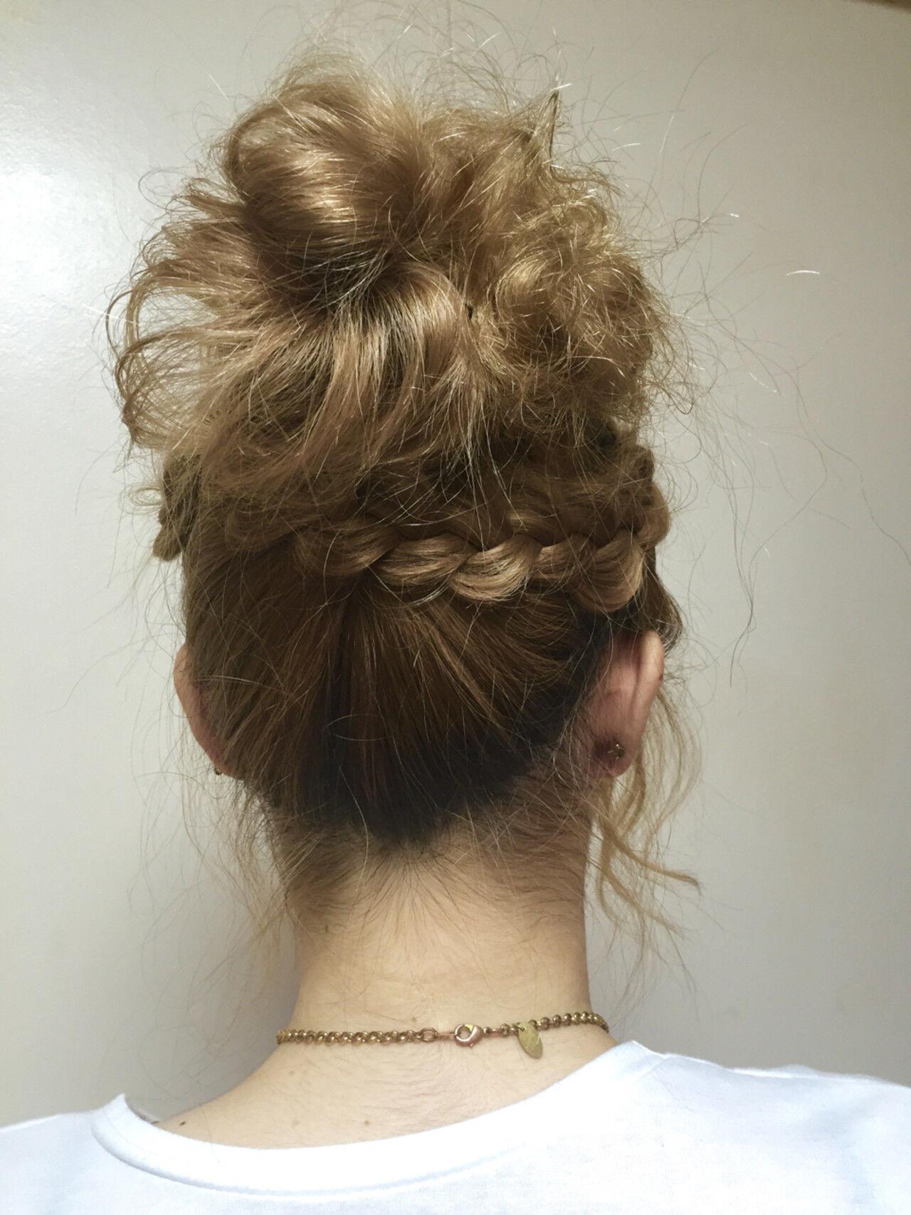 ゆるふわ セミロング ヘアアレンジ 簡単ヘアアレンジヘアスタイルや髪型の写真・画像