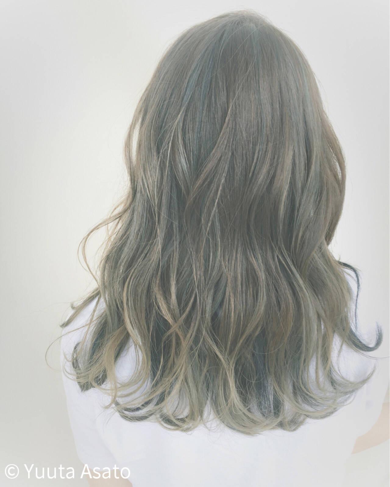 ストリート ブルージュ セミロング ブルーヘアスタイルや髪型の写真・画像