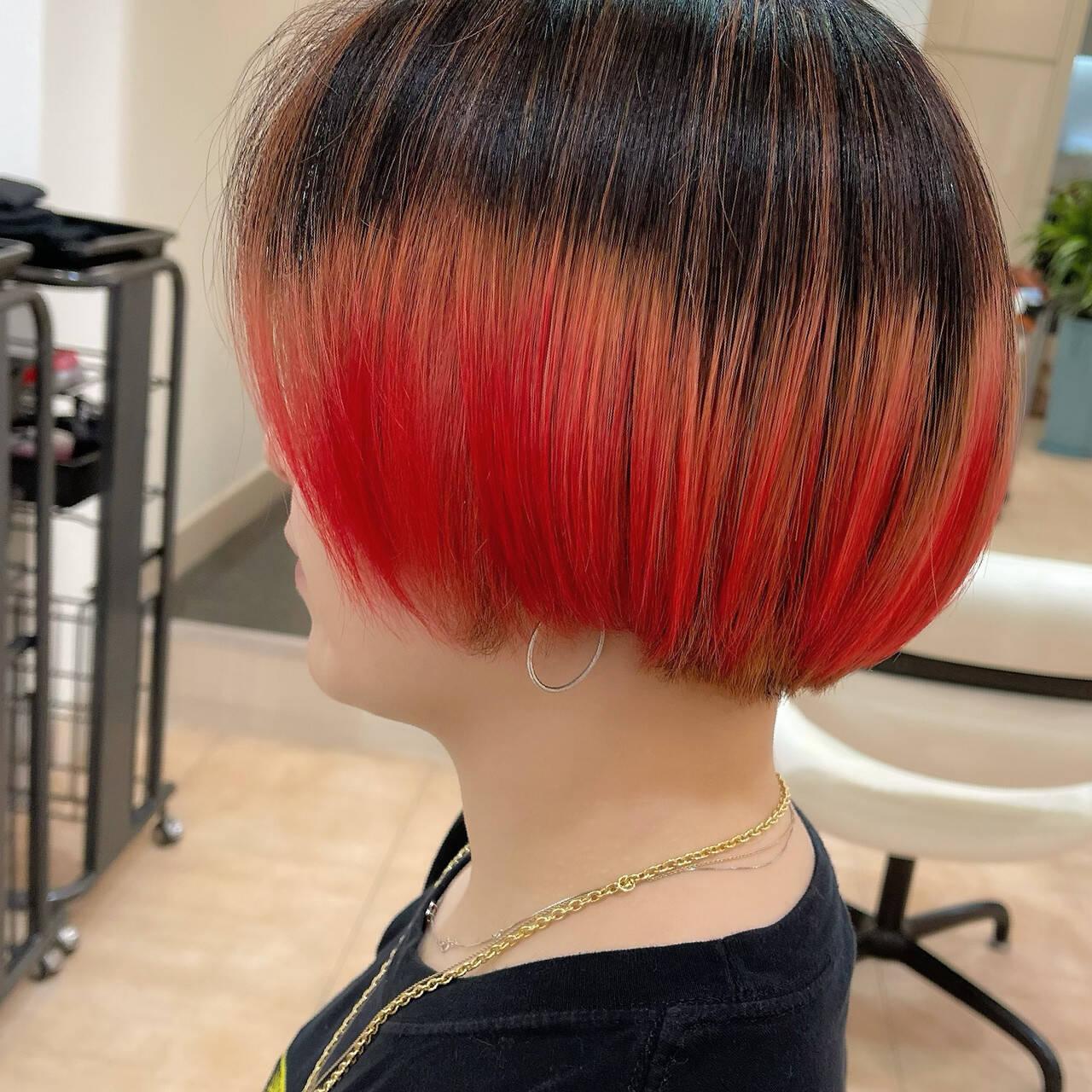 レッド 赤髪 レッドカラー ボブヘアスタイルや髪型の写真・画像