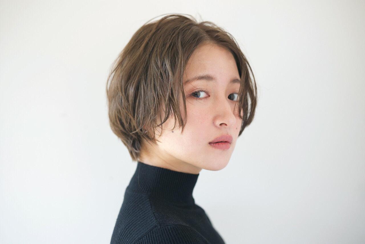 似合わせ アンニュイ ショート 小顔ヘアスタイルや髪型の写真・画像