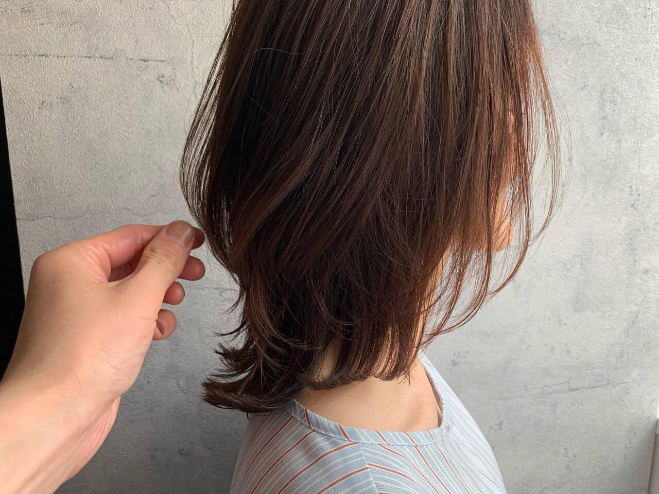 ニュアンスウルフ ナチュラル ミディアム ナチュラルウルフヘアスタイルや髪型の写真・画像