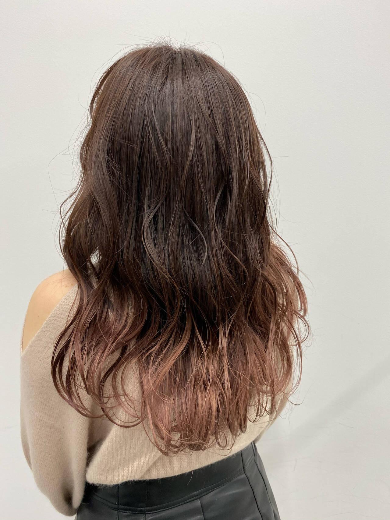 春ヘア フェミニン ピンクカラー グラデーションカラーヘアスタイルや髪型の写真・画像