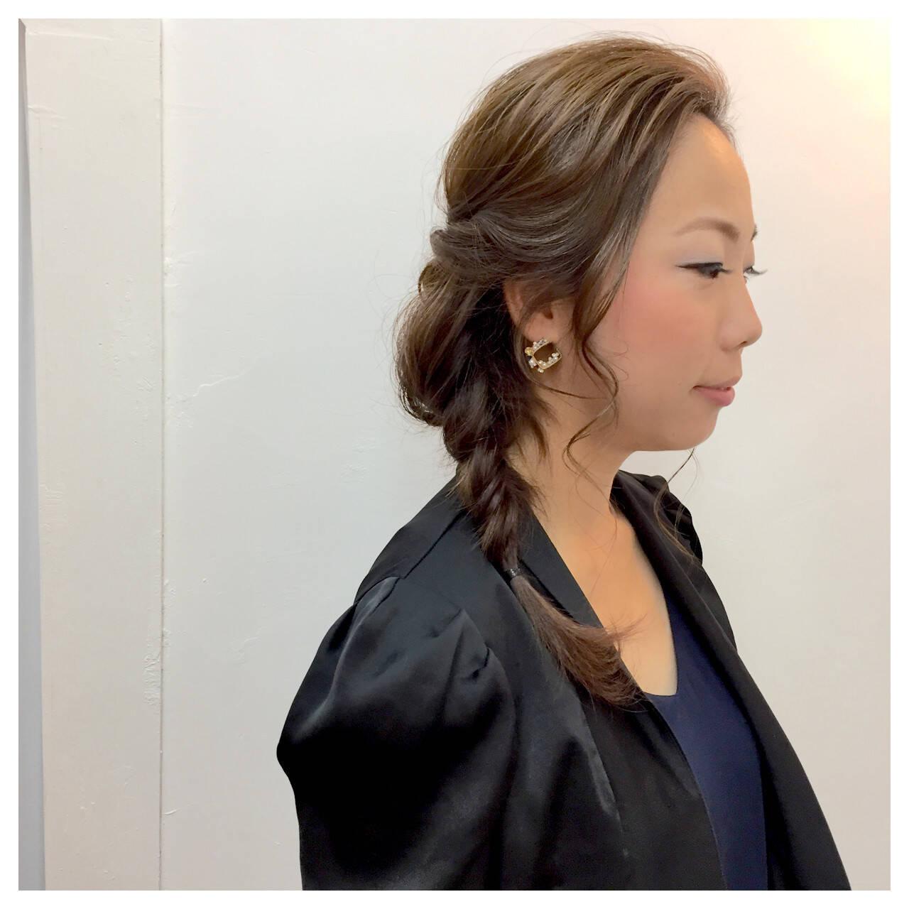 ゆるふわ 結婚式 編み込み ミディアムヘアスタイルや髪型の写真・画像