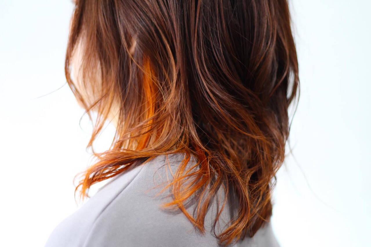 ナチュラル セミロング オレンジカラー オレンジヘアスタイルや髪型の写真・画像