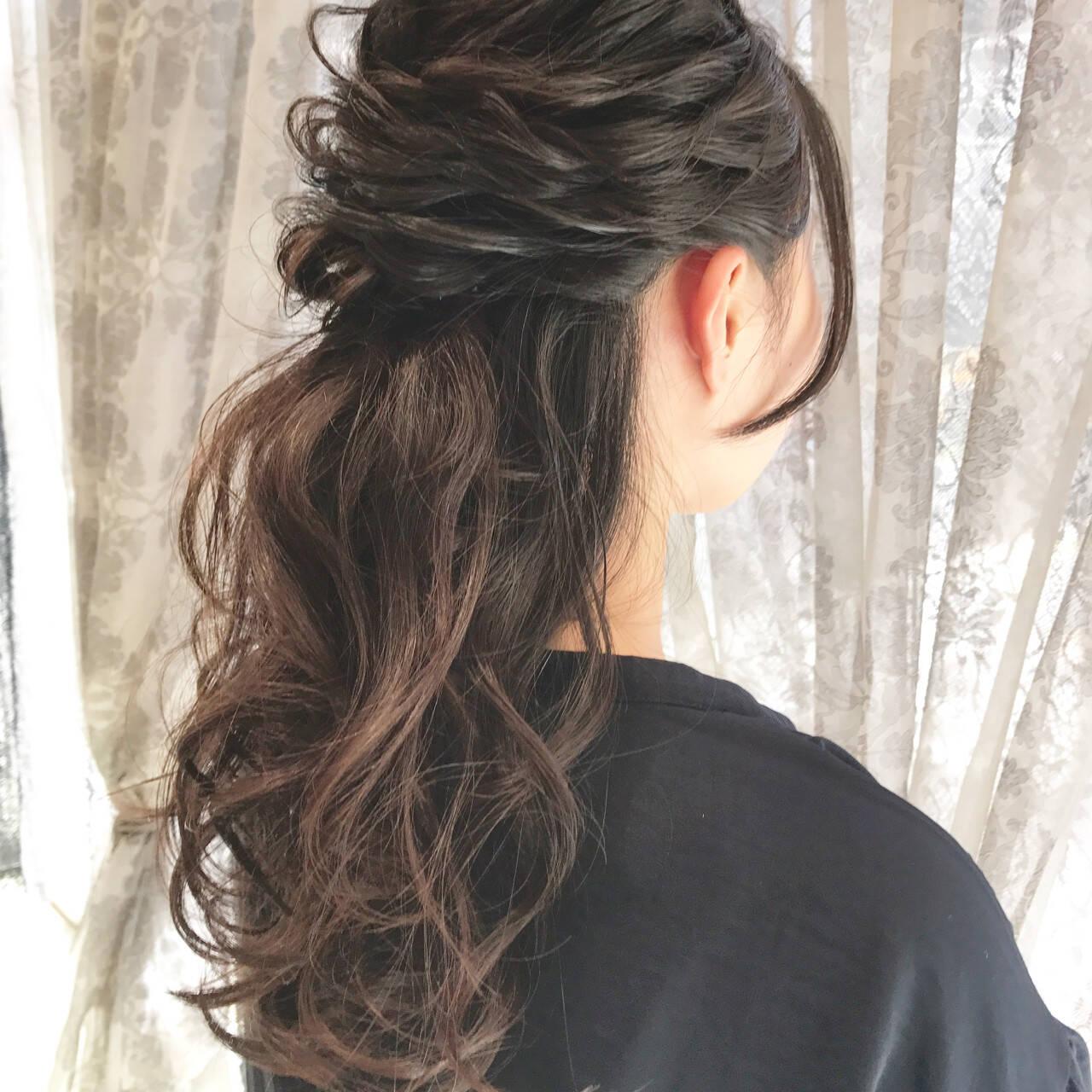 お呼ばれ 波ウェーブ ロング 上品ヘアスタイルや髪型の写真・画像