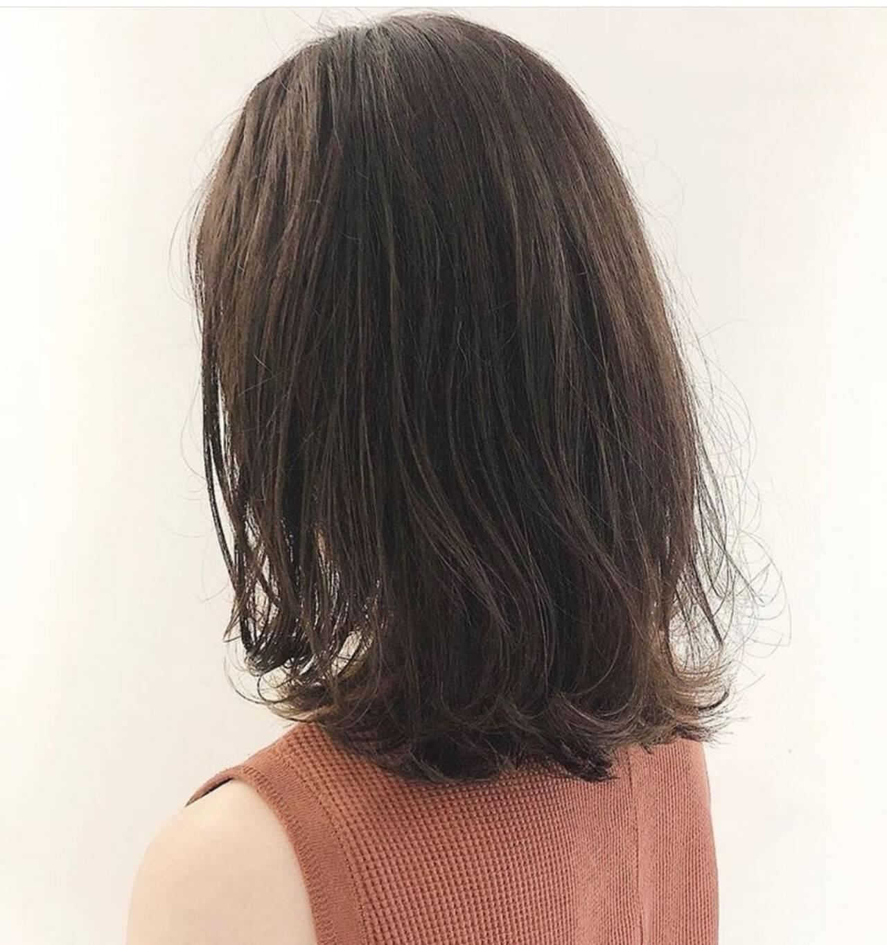 大人ヘアスタイル ナチュラル ミディアム 透明感カラーヘアスタイルや髪型の写真・画像