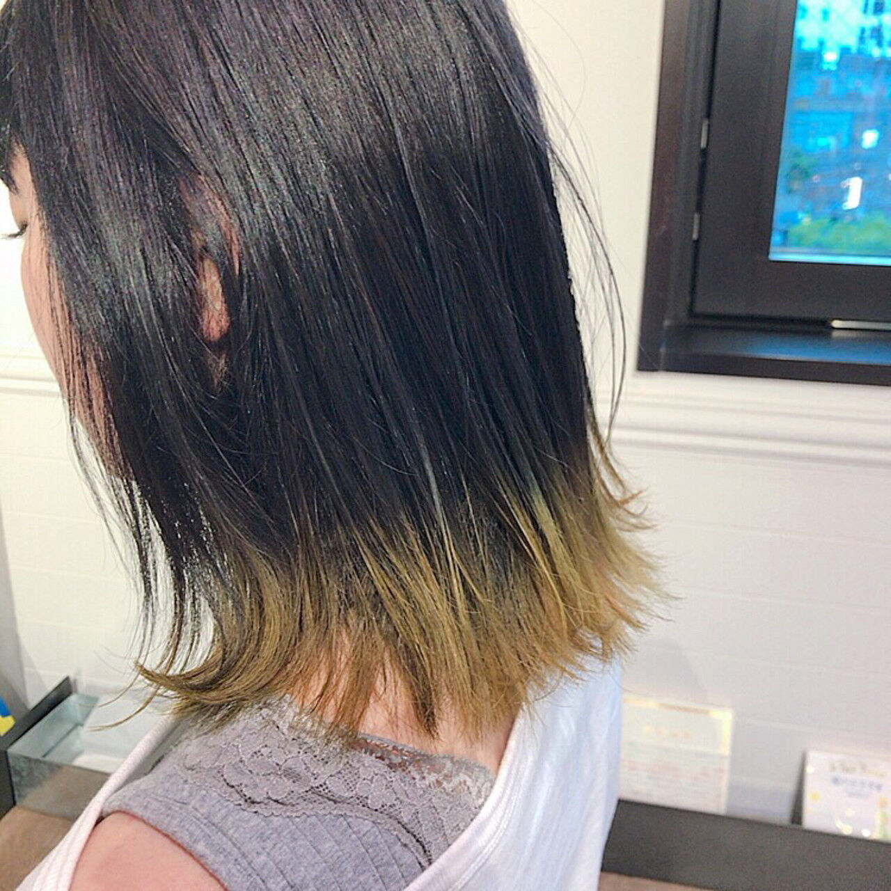 裾カラー アウトドア グラデーションカラー ストリートヘアスタイルや髪型の写真・画像