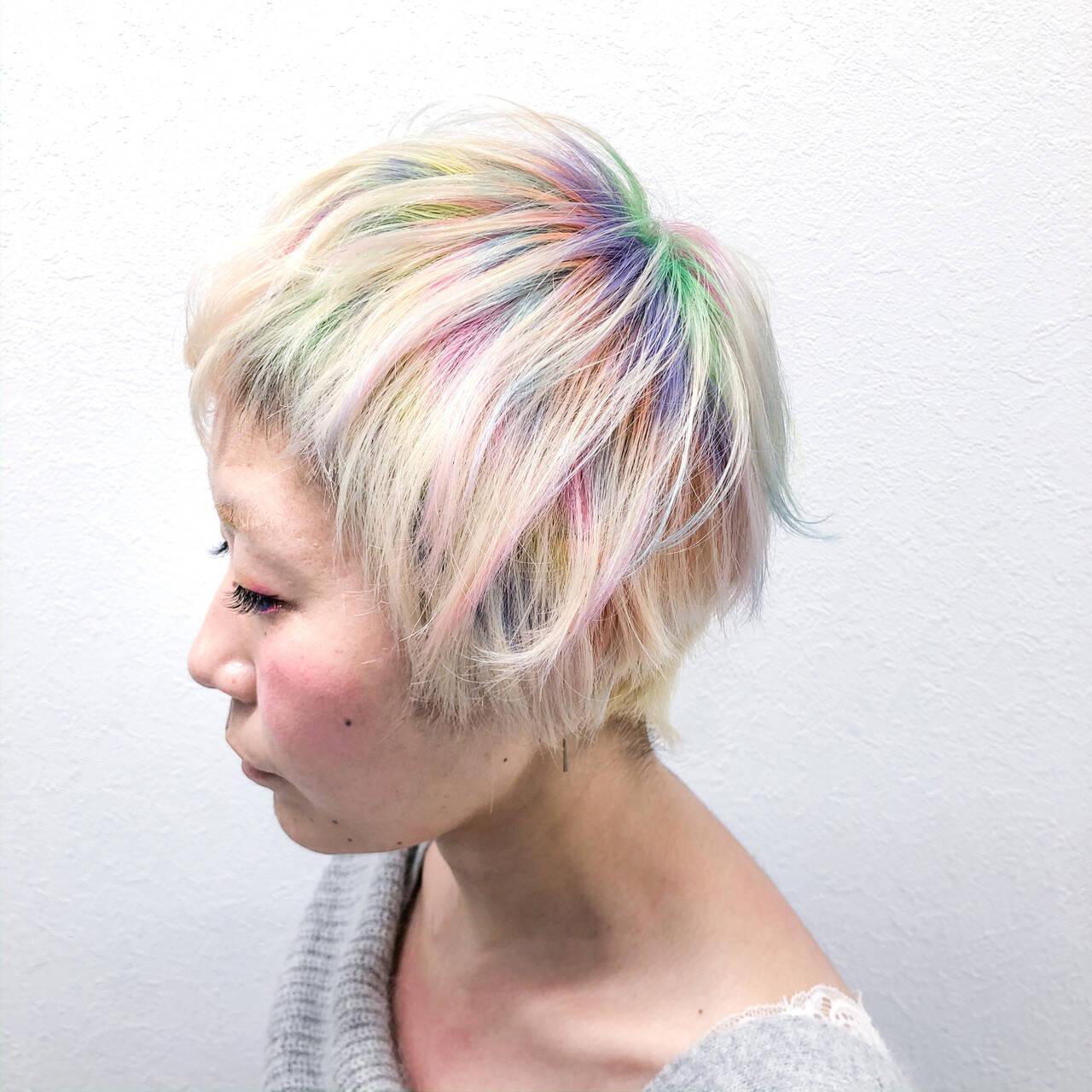 ブリーチ ホワイトブリーチ ショート モードヘアスタイルや髪型の写真・画像