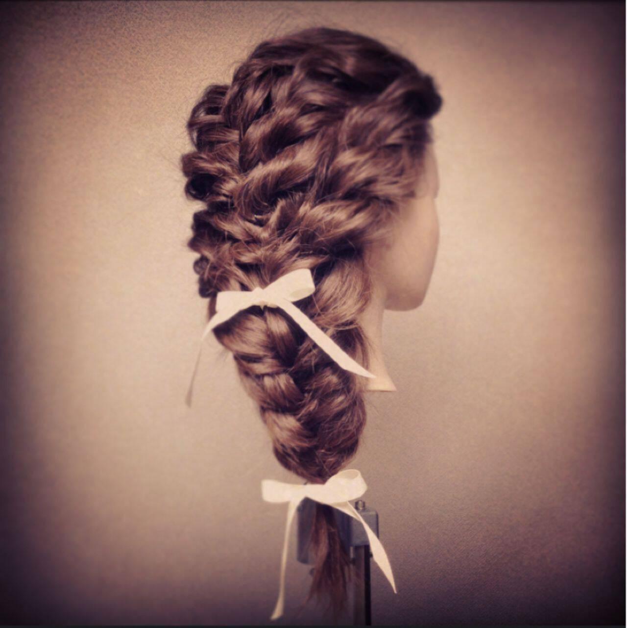 大人かわいい ショート ナチュラル 編み込みヘアスタイルや髪型の写真・画像