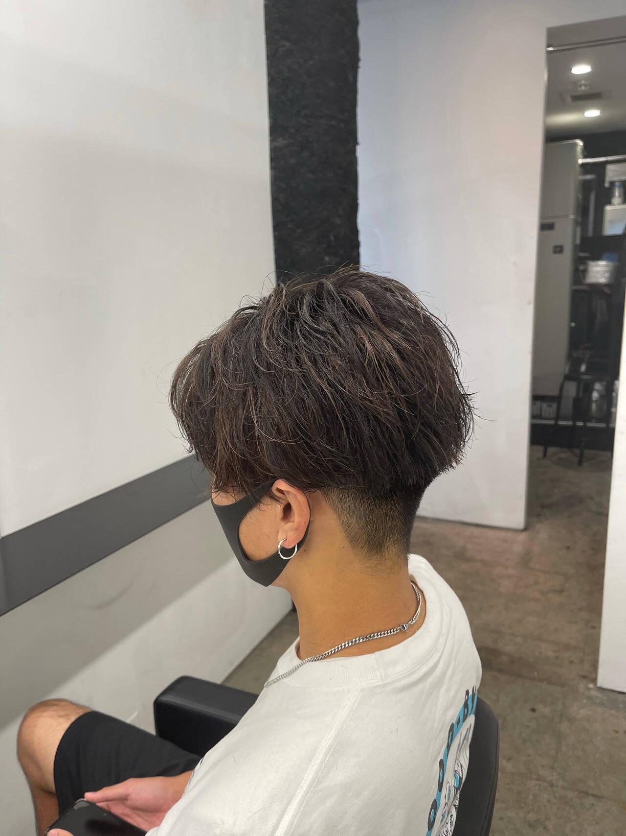 ナチュラル メンズヘア ショート パーマヘアスタイルや髪型の写真・画像