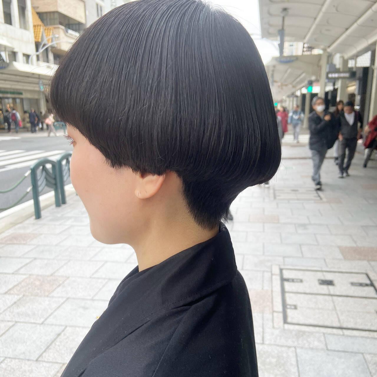 ボブ マッシュショート マッシュ ナチュラルヘアスタイルや髪型の写真・画像