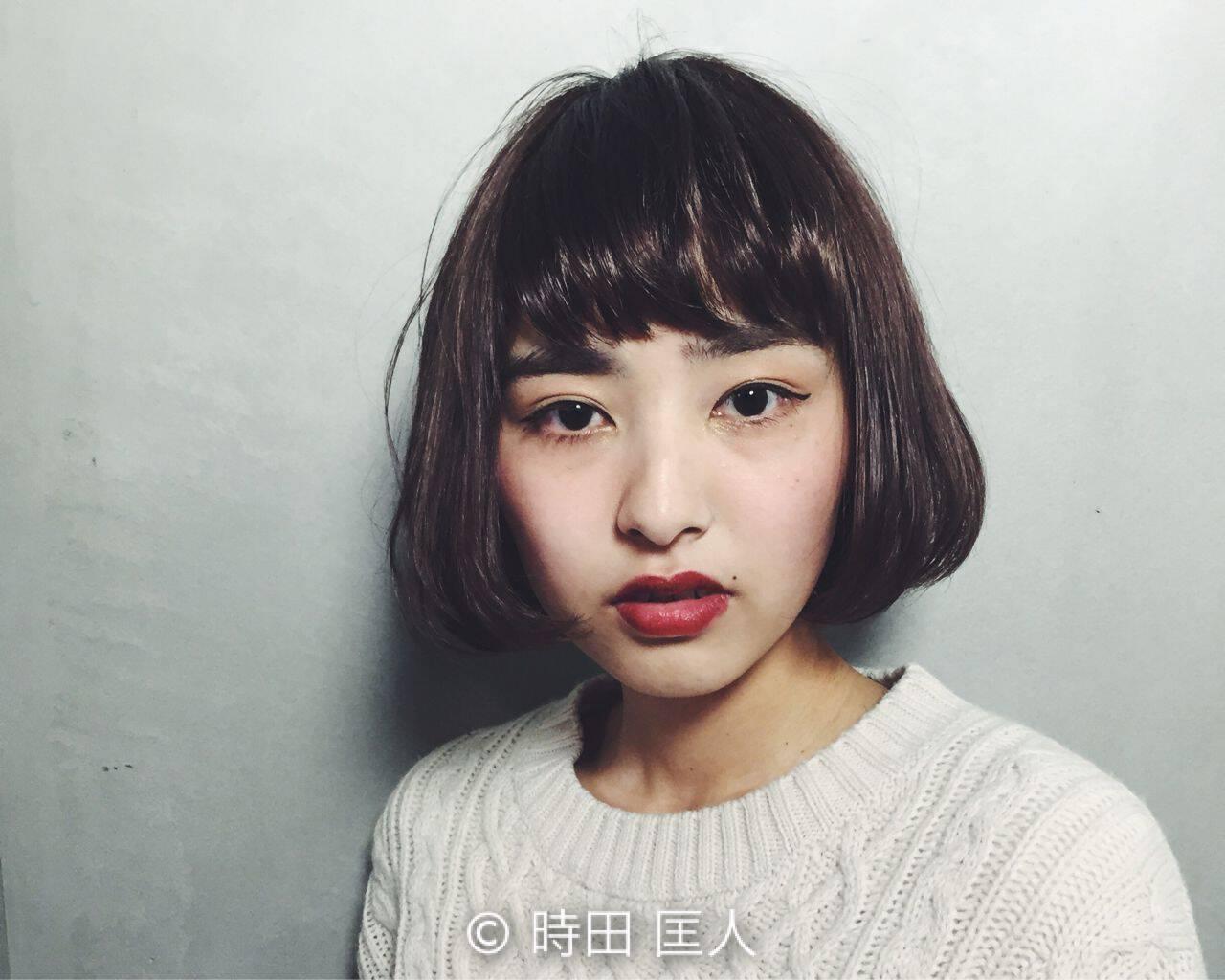 暗髪 ウェットヘア ストリート ショートヘアスタイルや髪型の写真・画像