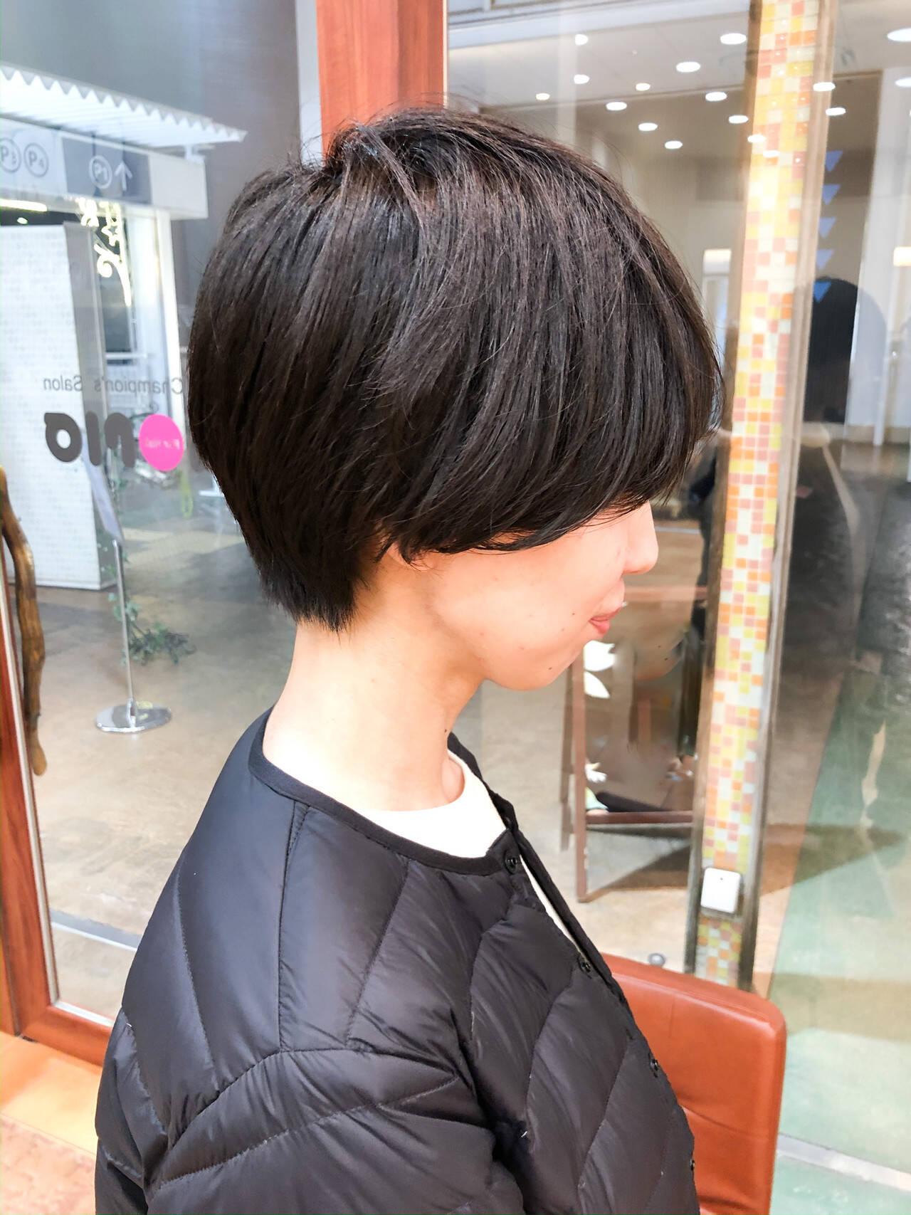マッシュショート ショートヘア 黒髪 マッシュヘアスタイルや髪型の写真・画像