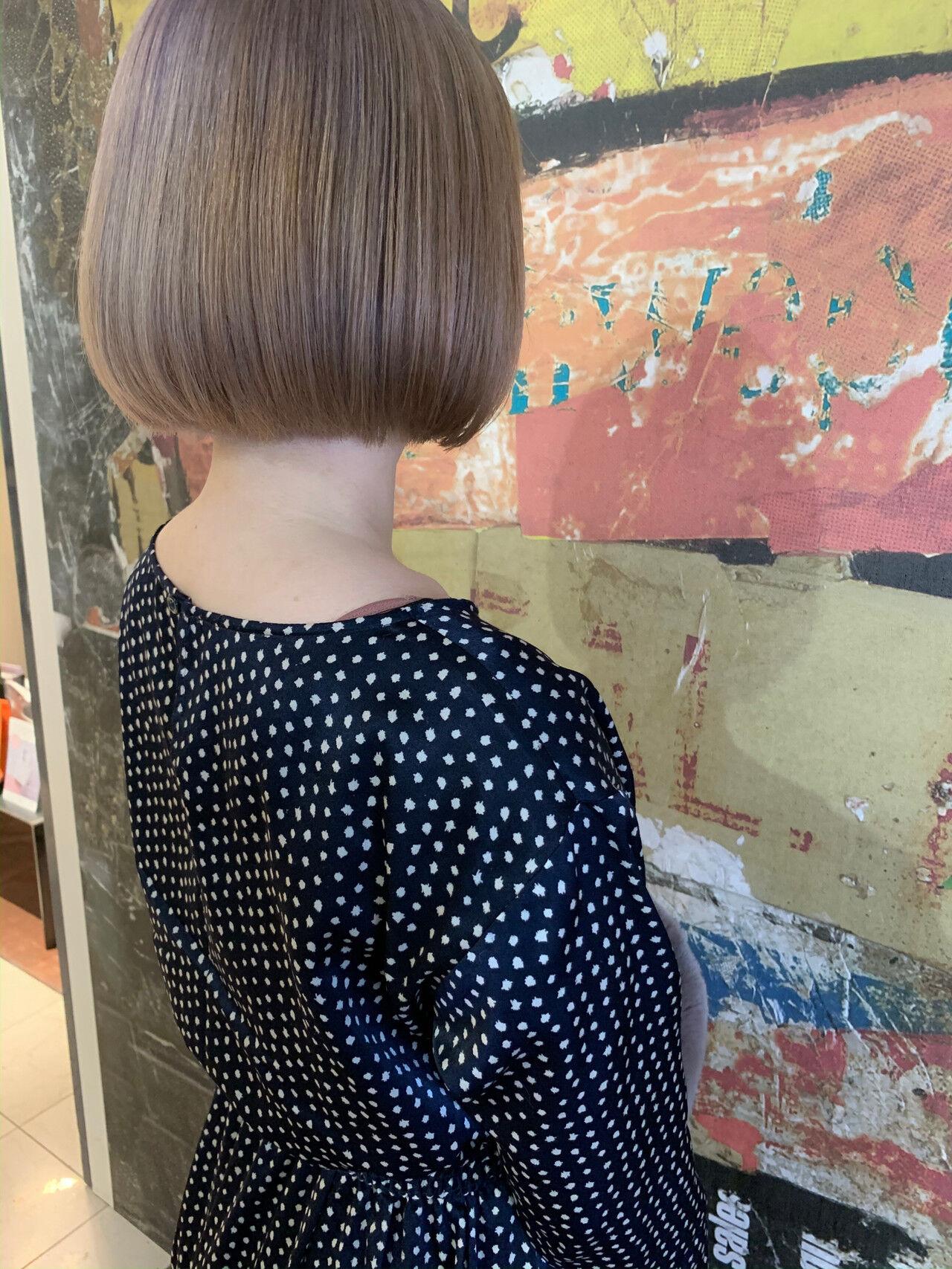 ミニボブ ボブ ショートボブ イルミナカラーヘアスタイルや髪型の写真・画像